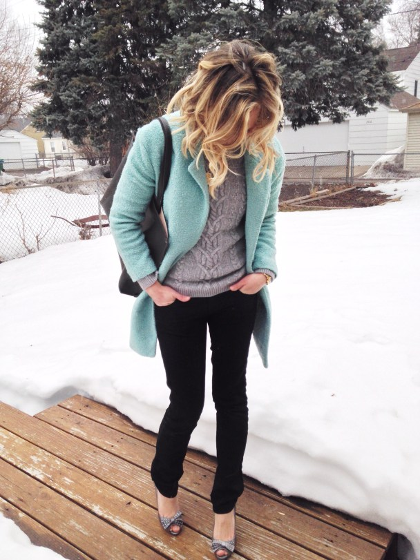 Pastel-Coat-Outfit