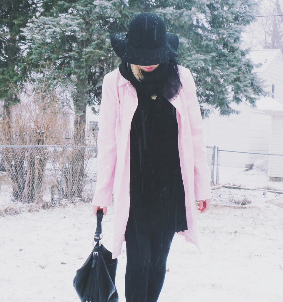 Black-and-pink-outfit