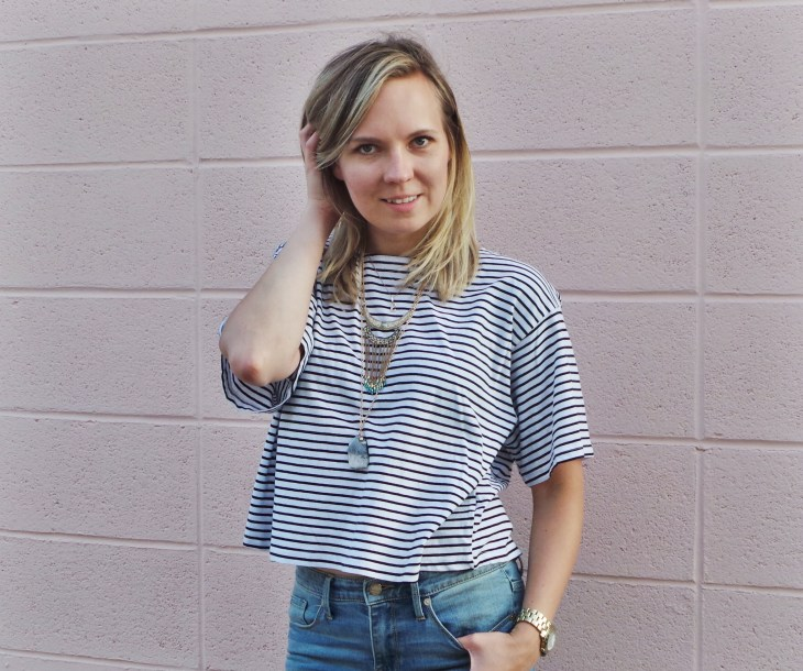striped top statement necklace