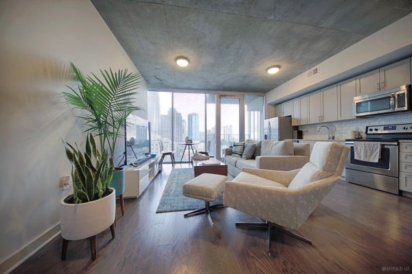 BeInspireful - High Rise Apartment 11.jpg