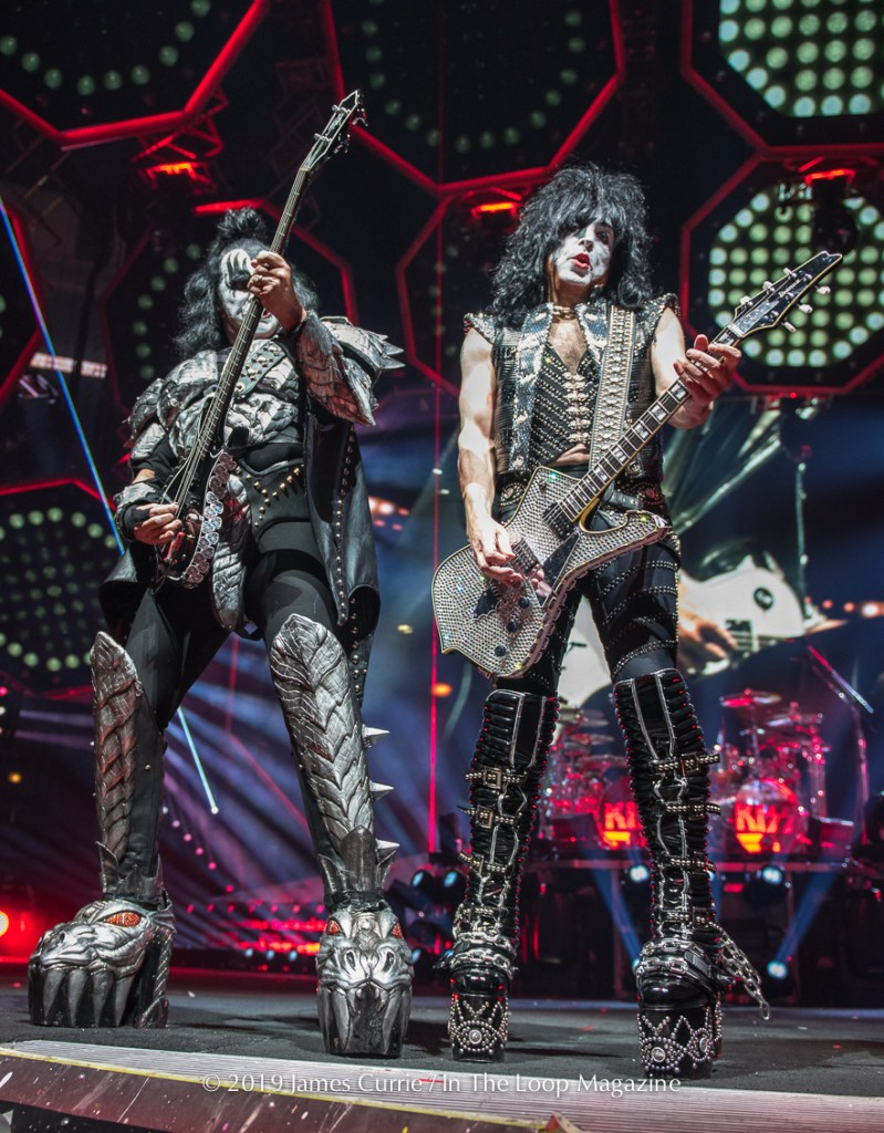 In The Loop Magazine Chicago See's The 'End Of The Road' For KISS As