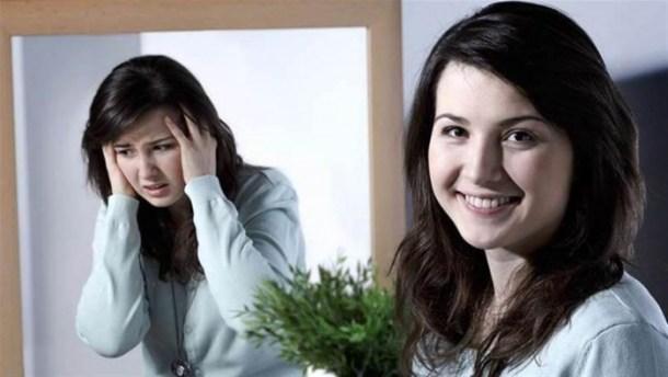 الإحساس بالثقل في الذراعين والساقين يؤشر إلى الإصابة بـ'الاكتئاب المبتسم' خلال الحجر المنزلي