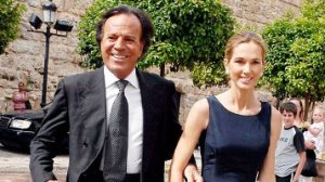 Julio Iglesias Ties The Knot