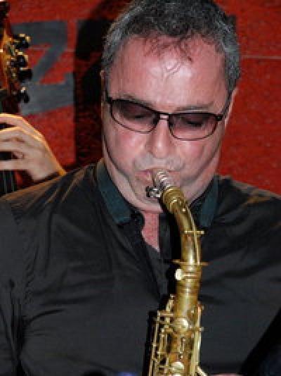 Avo Tutunjian Bebop Jazz Quintet at RAZZ'zz
