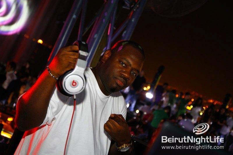 DJ Freestyle Steve Tears It Up at Pier 7