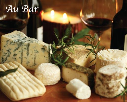 Cheese & wine at Au Bar/ Riviera Hotel