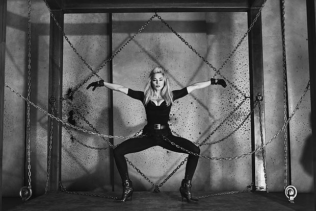 Madonna kinky pic to promote a DVD