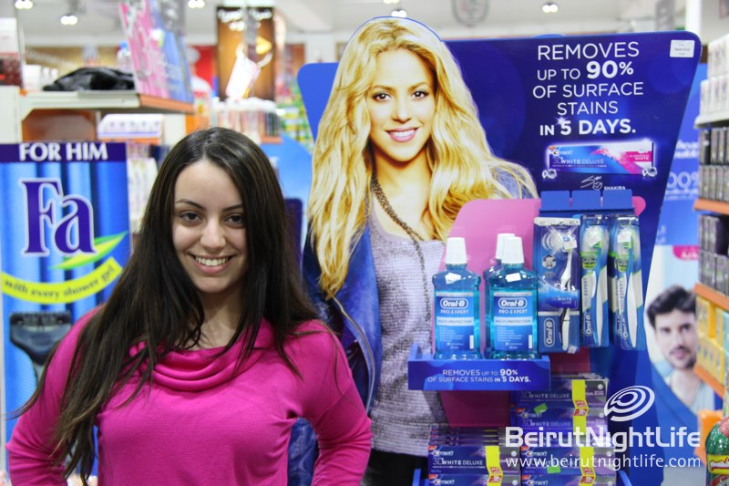 Crest Gives Shoppers a Reason to Smile with Shakira