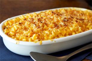 deluxe_homebaked_macaroni-cheese1.jpg