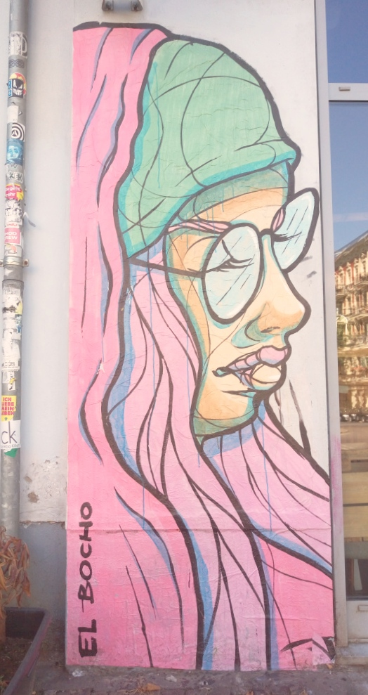Paste up Large Lady by El Bocho #streetart #berlin bekitschig.blog