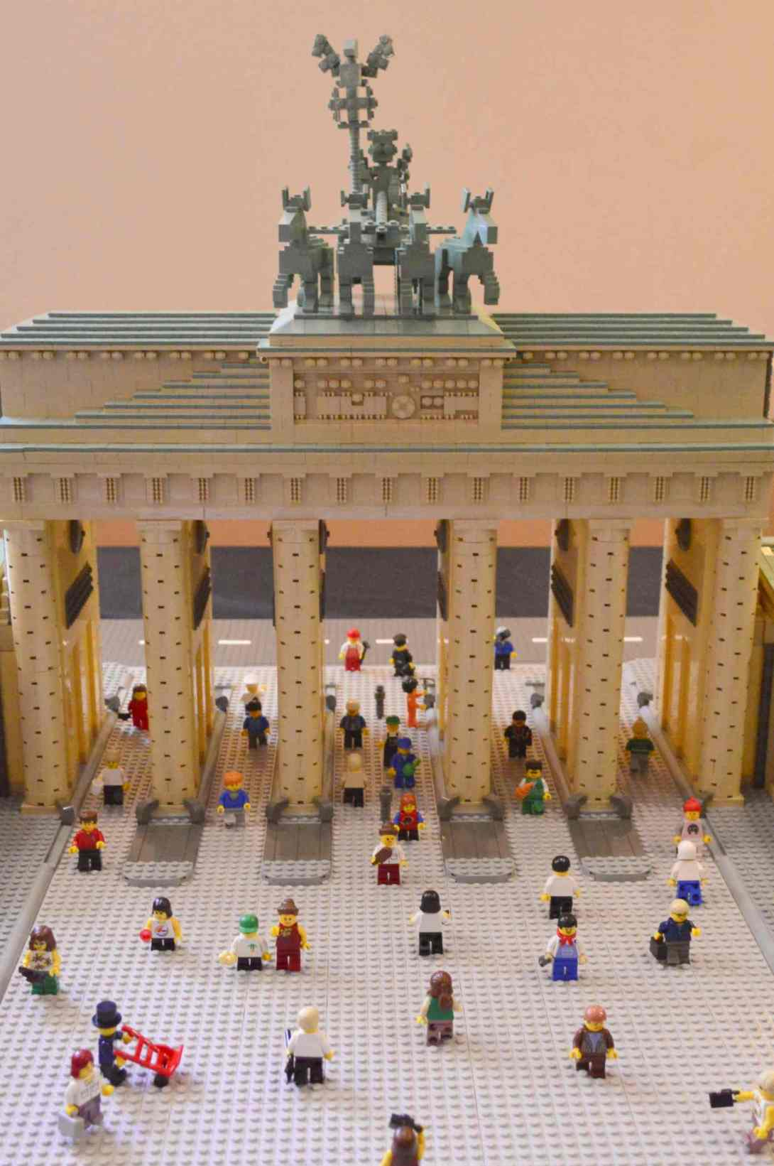 be kitschig blog Lego Love Brandenburg Gate