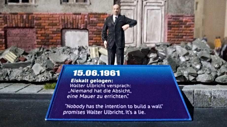 Nobody is intending to build a wall, Walter Ulbricht 1961 Niemand hat die Absicht eine Mauer zu errichten be kitschig blog