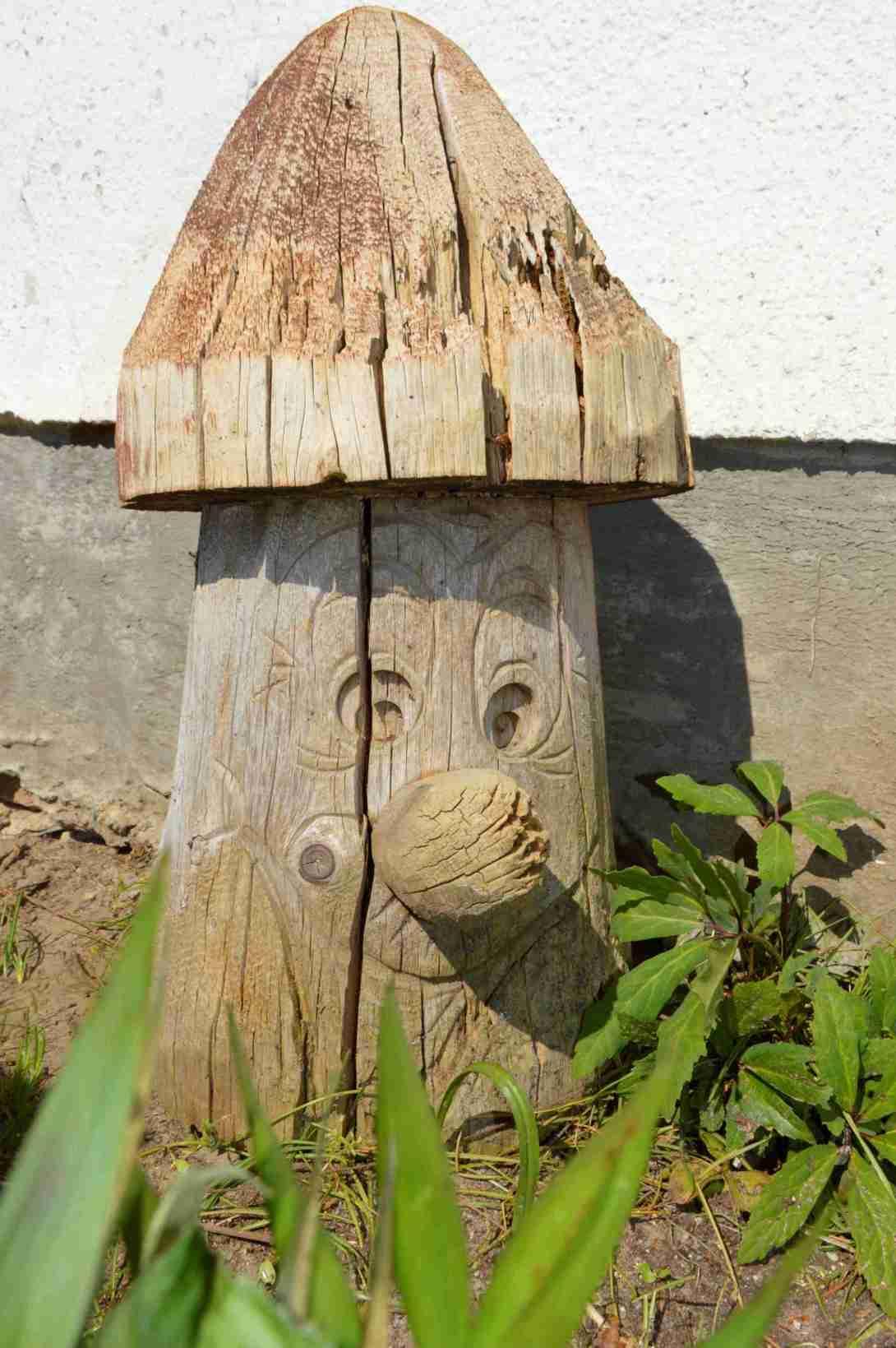 Old Tree Stump be kitschig blog