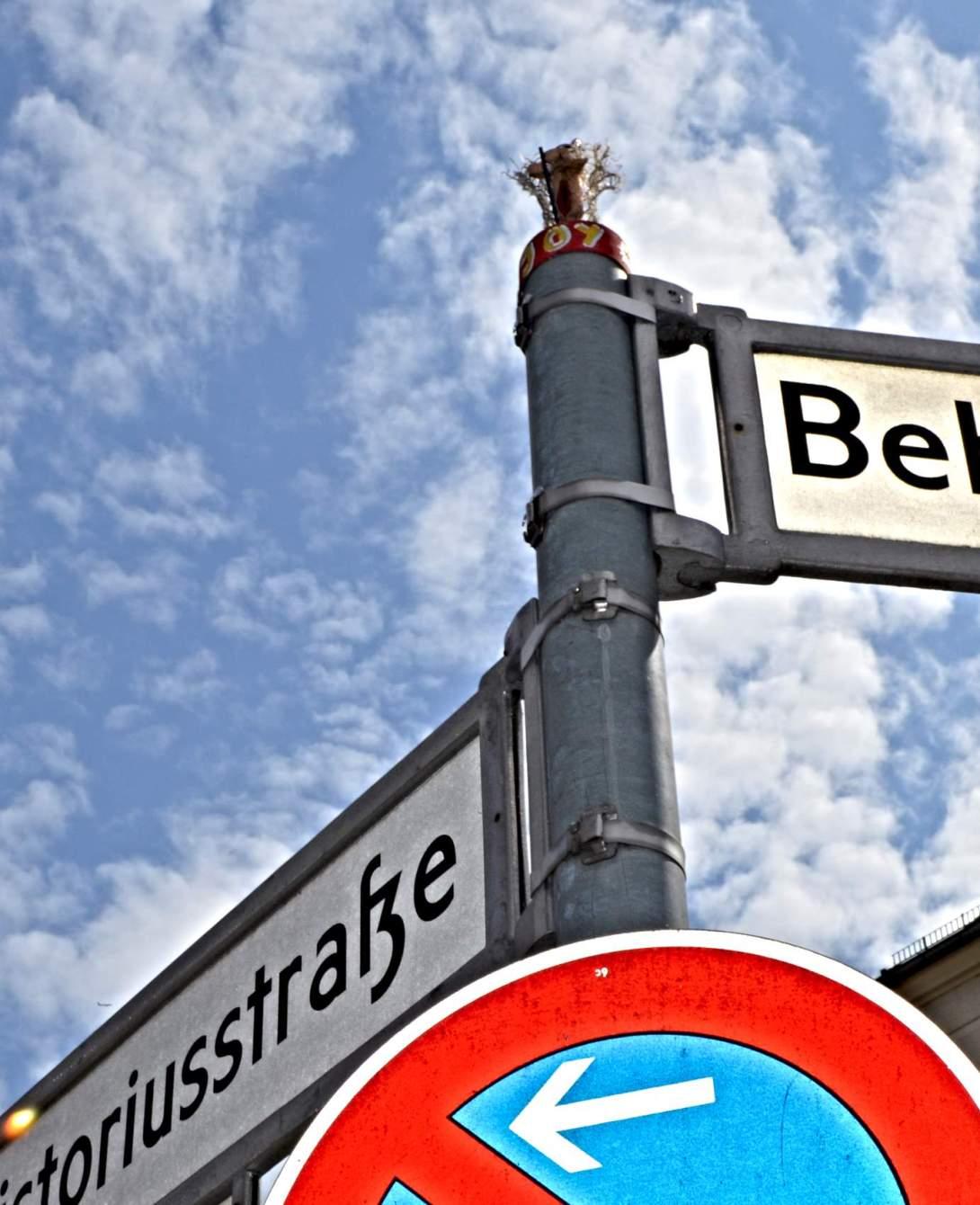 street yogis of Berlin streetart be kitschig blog