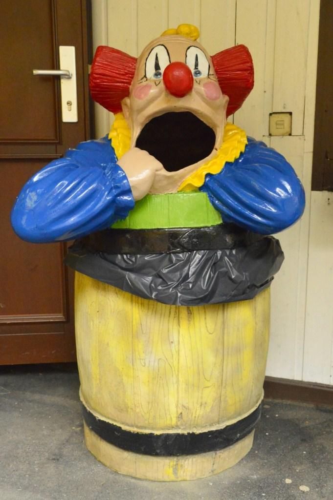 Bin Clown Mülleimer