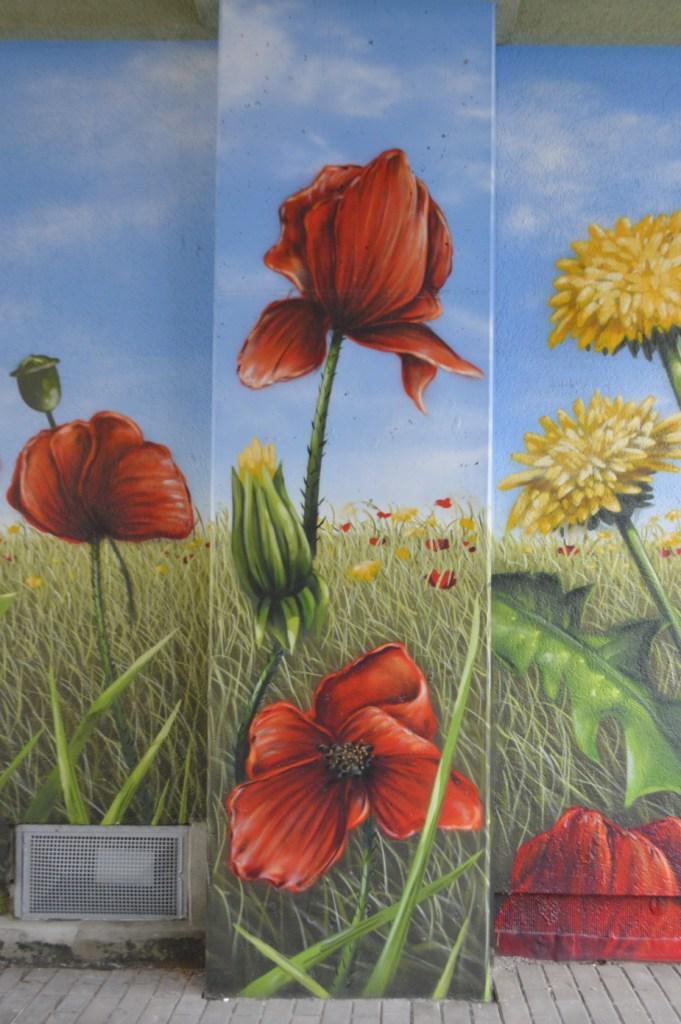 Laurus Art Berlin Moabit #streetart #flowers