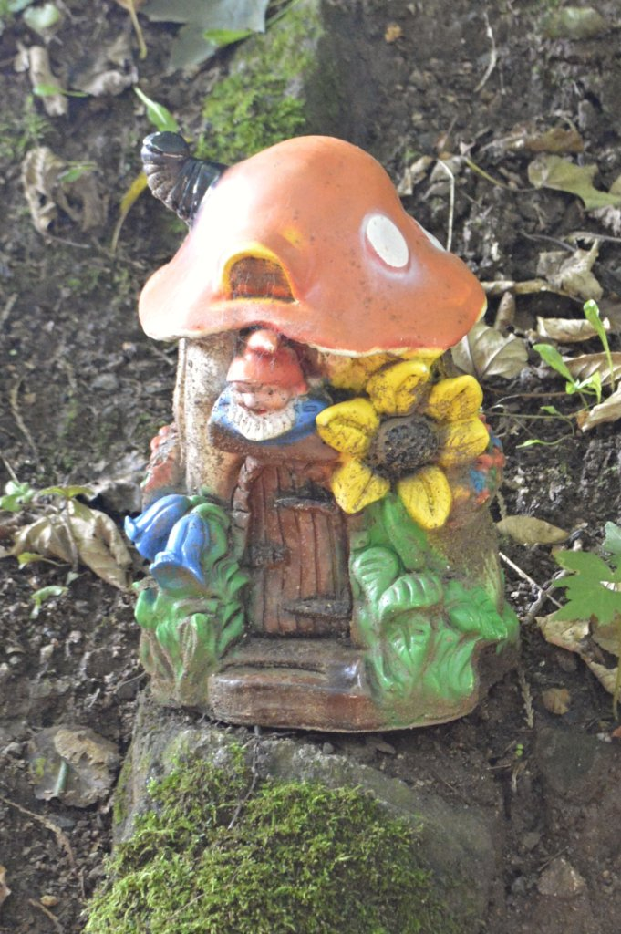 Weird and odd Gnomes - ausgefallene Gartenzwerge Zwergenpark Trusetal Thüringen  bekitschig.blog