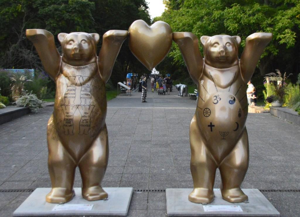 Peace for all bears bekitschig blog