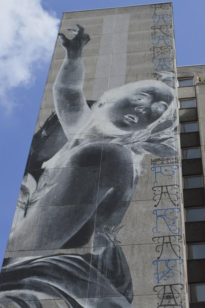 Daphne & Apollo by Francisco Bosoletti and Young Jarus Mural Berlin Kreuzberg Wassertorstraße 65  bekitschig.blog street art