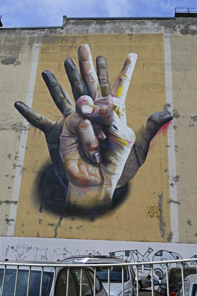 Hand Mural Berlin - Unter der Hand - CASE Maclaim - Brückenstraße / Köpenicker Straße - U Heinrich Heine Straße bekitschig.blog