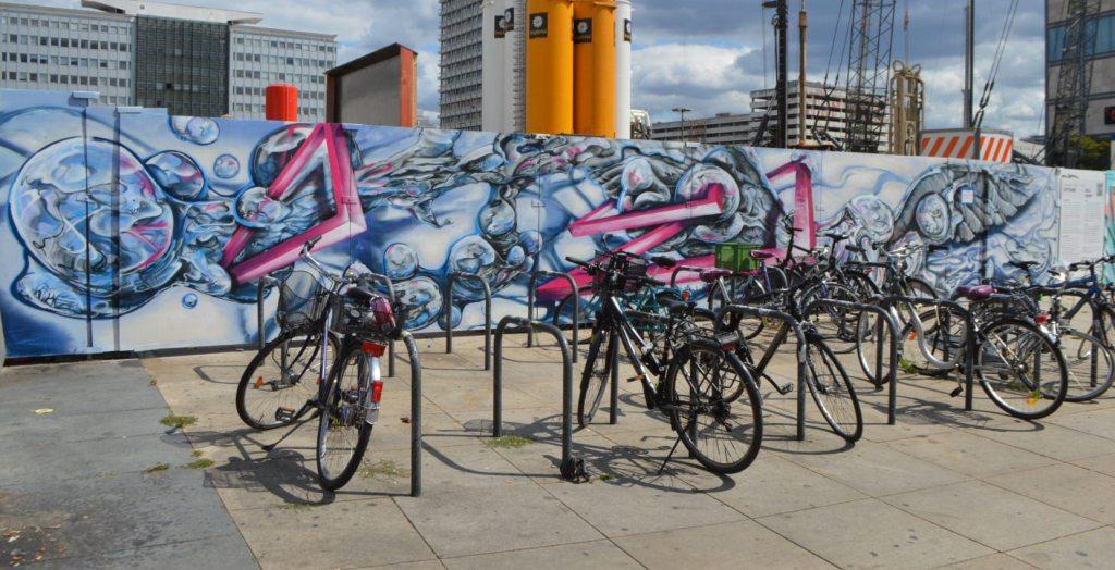 Baustelle - streetart Berlin by Kottitaube - Alexanderplatz - bekitschig.blog