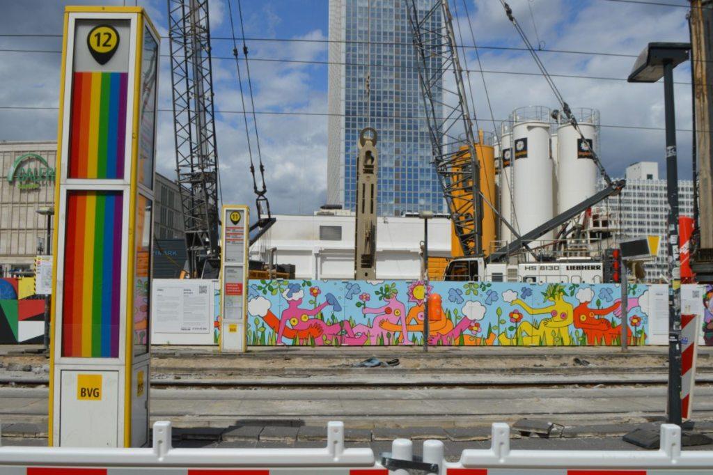 Construction site mural by Emma Rytoft - Berlin Alexanderplatz Baustelle