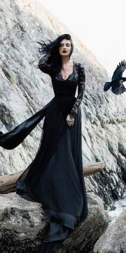 21 Gothic Wedding Dresses: Challenging Traditions