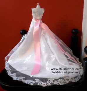 Alfred Angelo 1719W with veil and bouquet Miniature Replica along with a Pink Sash