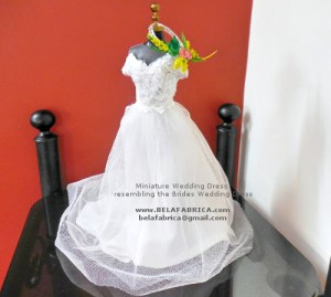 Mother of the bride wedding Gift Daughter in law gift Wedding Gift Sister of the bride brother of the bride Miniature replica wedding Dress