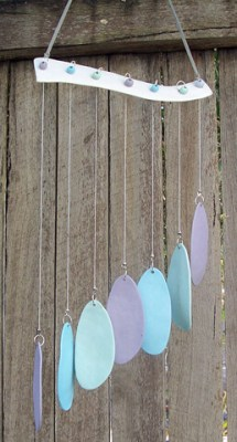 A beautiful collection of blue teardrops to enliven the sound colour of your home
