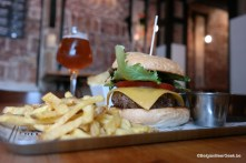 Burgers & beer at Stuyck