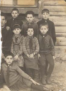 4-й класс Свислочской еврейской НСШ.
