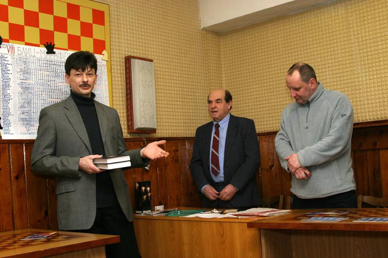 Картинки по запросу фото гроссмейстер Андрей Ковалёв
