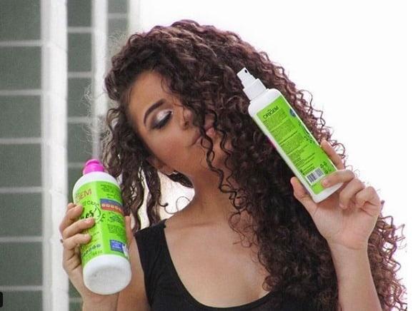 Resenha : Gel Modelador e o Spray Modelador de Cachos Dia Seguinte