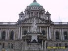 Monument to Queen Victoria & Belfast City Hall (Donegall Square)