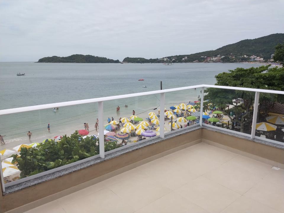 Apartamento Frente Ao Mar De Bombinhas - Varanda