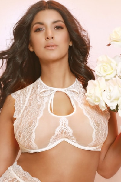 Kimberley lace high neck bra - bella curves lingerie