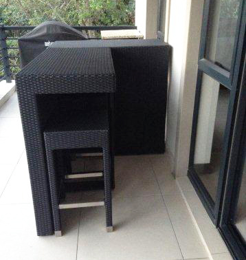 patio bar table and stools