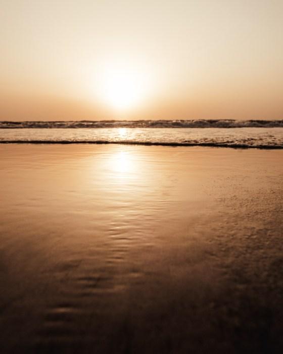 sunset glow bronze shore