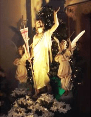 Statue of Risen Jesus with two angels