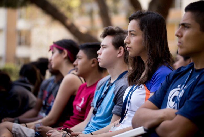 Youth Theology Institute 9055 X2 1024x683 - Top 4 Reasons to Be a Youth Theology Mentor