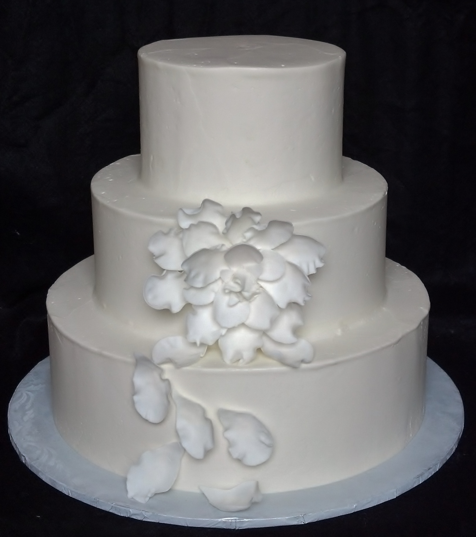 average wedding cake cost for 150 people ways to save on wedding cakes excerpted from bridal guide 10948