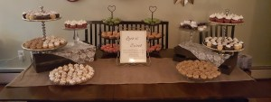 Mini dessert tables are perfect for wedding or any special occasion in the Philadelphia area!
