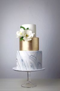 Gray and gold cakes that are elegant make your wedding sparkle