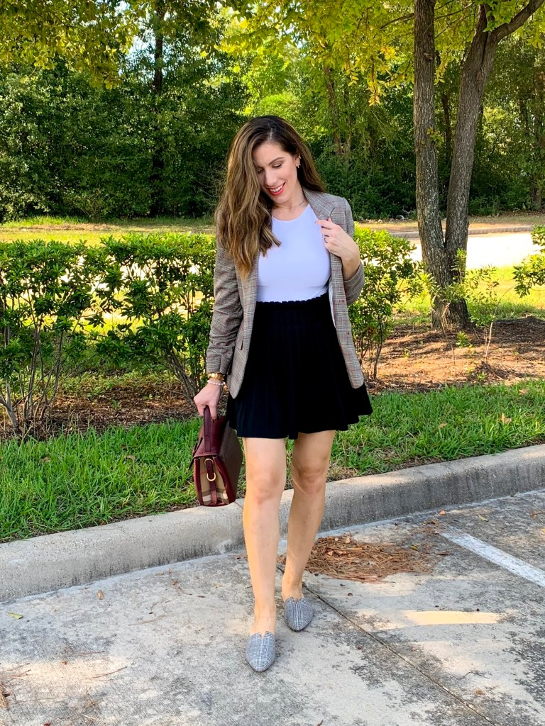 Houston fashion blogger Maria Munoz showing blazers for women