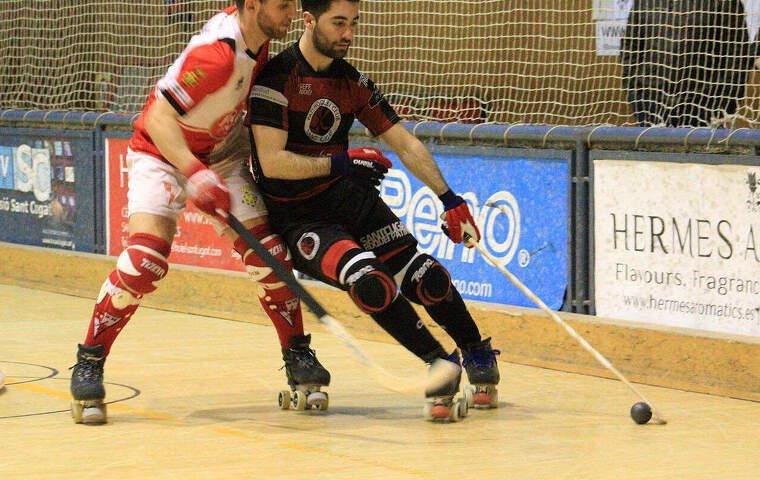 David Martínez, controlant la bola, en la seva etapa al PHC Sant Cugat