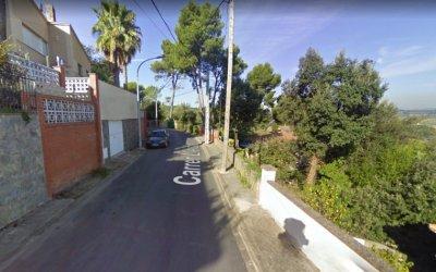 Una veïna de Cerdanyola denuncia un intent de robatori a casa seva amb ella a dins