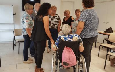 El pla que vol ajudar als cuidadors de les persones amb dependència