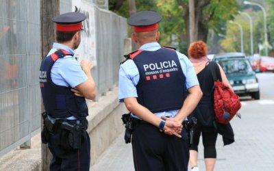 Mossos d'Esquadra detenenin fragantiun cerdanyolenc per robatoris a Girona