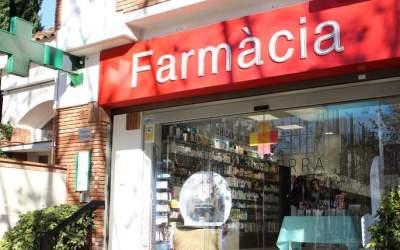 La Generalitat compra mascaretes perquè la ciutadania les reculli a les farmàcies